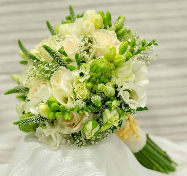 Ramo novia blanco florister as coslada nicoly for Oficina correos coslada